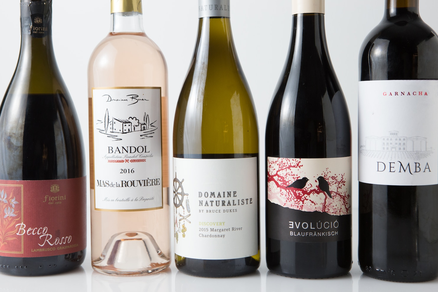 Range Bouteille Bar 5 Red Wines To Chill With This Summer The Washington Post
