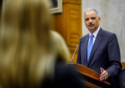 Ex Attorney General Holder Calls For Further Us Drug