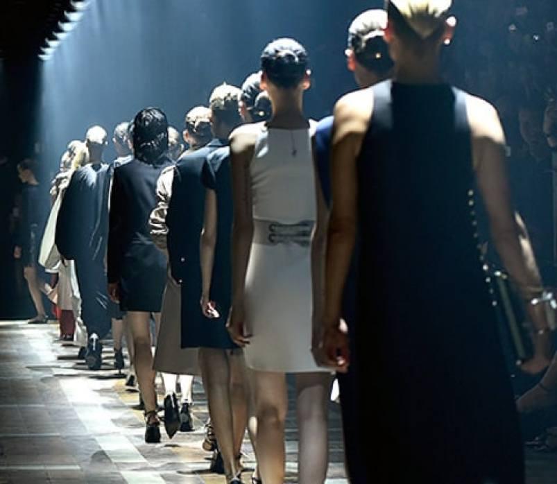 Models - Paris Fashion Week