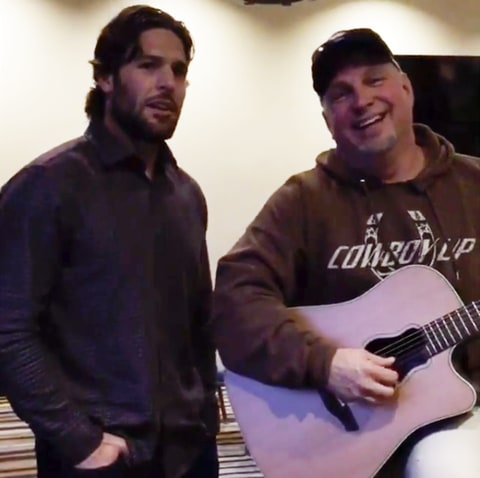 Mike Fisher and Garth Brooks