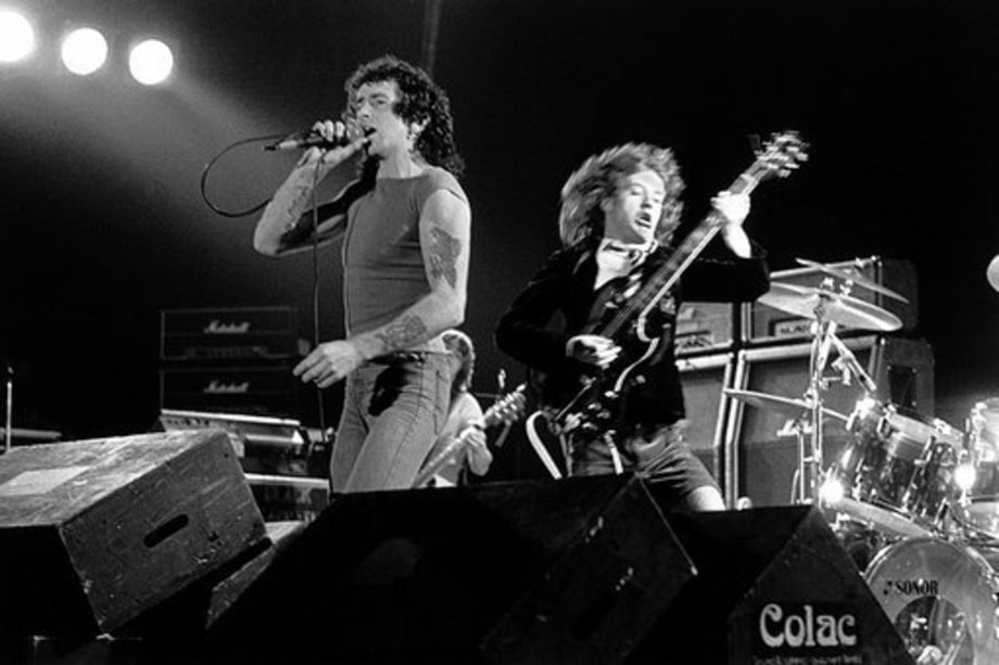 Hd Wallpapers Rock Bands Ac Dc Timeline 1977 Bon Scott Performing In Denmark Ac