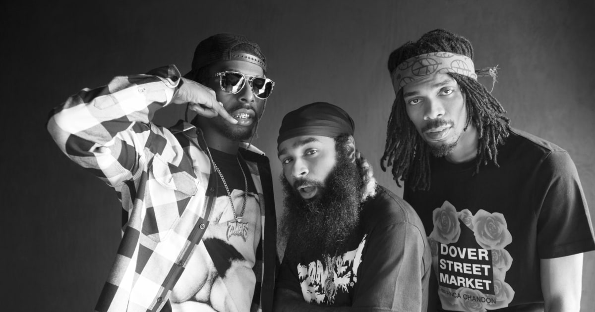 Black And White Home Wallpaper Hear Flatbush Zombies Brooklyn Hip Hop Playlist Rolling