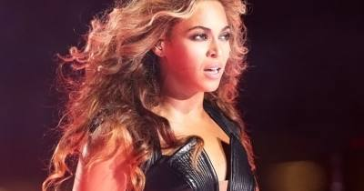 Beyonce Rocks Super Bowl Halftime Show With Destiny's Child - Rolling Stone