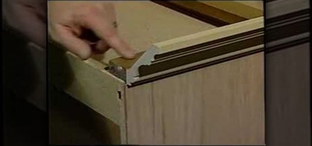 installing crown molding on cabinets videos 3