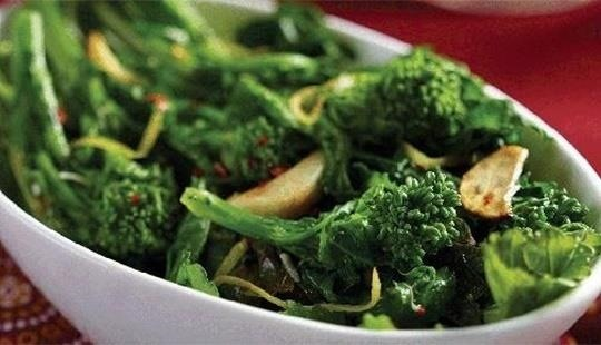 How To Cook Broccoli, Kale, & Other Brassicas So They Actually