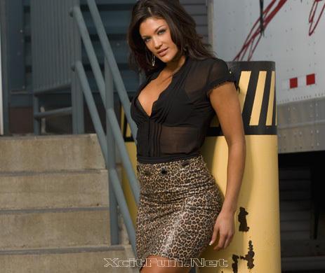 Cute Girl Phone Wallpapers Eve Torres Hot Latin Diva Pole Girl Photo Shoot Xcitefun Net
