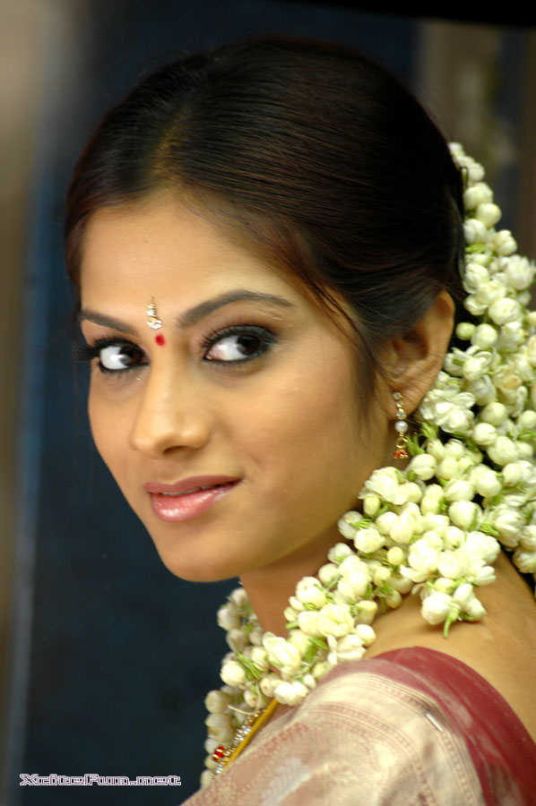 Inspirational Quotes For Computer Wallpapers South Indian Beauty Sindhu Tulani Cute Xcitefun Net