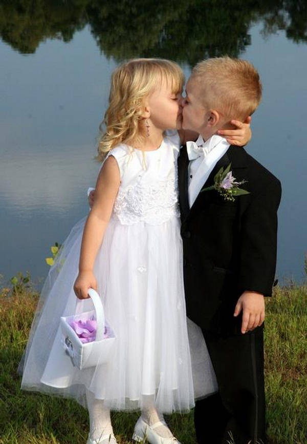 Boy Girl Kiss Love Wallpapers My First Kiss Cute Loving Pictures Xcitefun Net