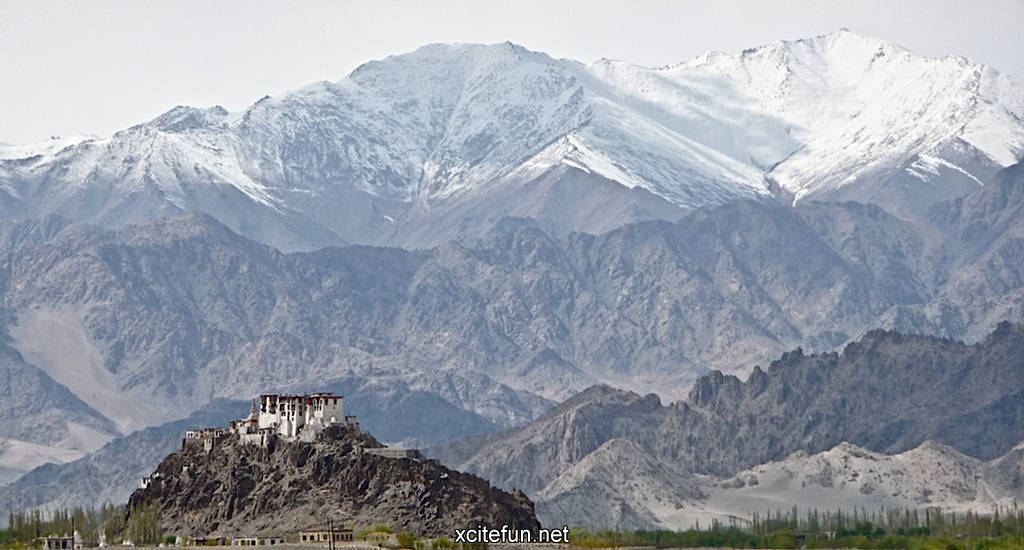 Beautiful Wallpapers For Desktop With Quotes Karakoram Mountain Wallpapers Large Mountain Range