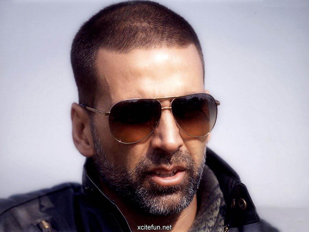 Love Romantic Wallpapers With Quotes Akshay Kumar Film Star Wallpapers Xcitefun Net