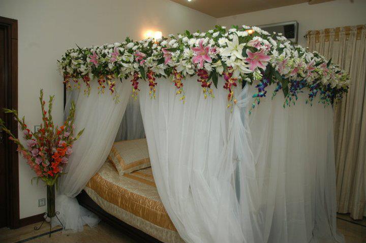 Simple Girl Wallpapers 2010 Marriage Bed Designs Xcitefun Net