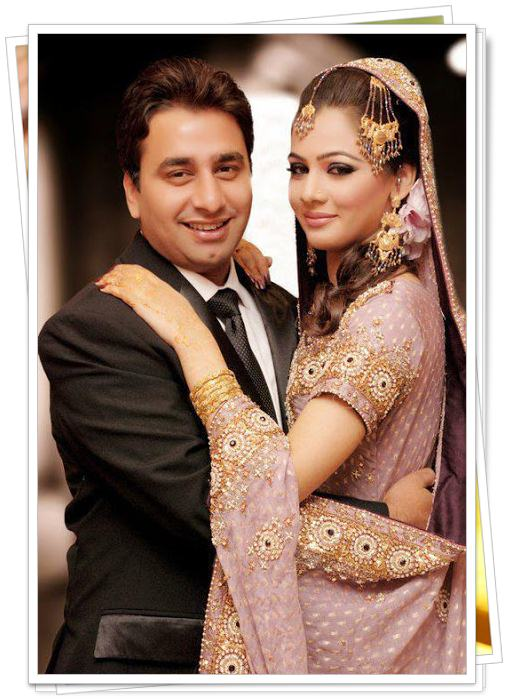 Cute Wallpapers With Nice Quotes Bridal And Groom Happy Moment Photo Shoot Xcitefun Net