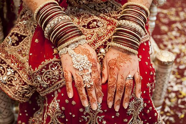 Cute Punjabi Girl Wallpaper Download Bridal Mehndi Hands And Bangles Photography Xcitefun Net