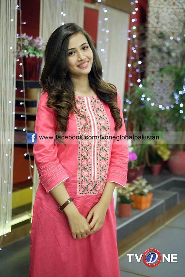Simple Pakistani Girl Wallpaper Sana Javed Cute Photoshoots Xcitefun Net