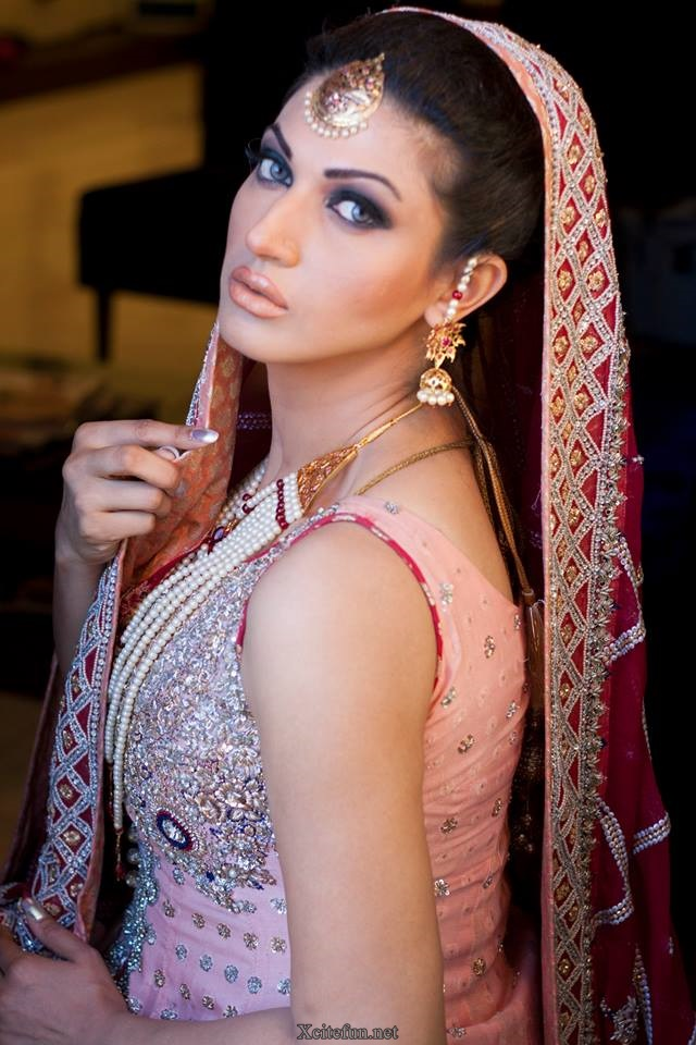 Cute Sweet Wallpapers For Phone Sana Fakhar Awesome Makeup Photoshoot Xcitefun Net
