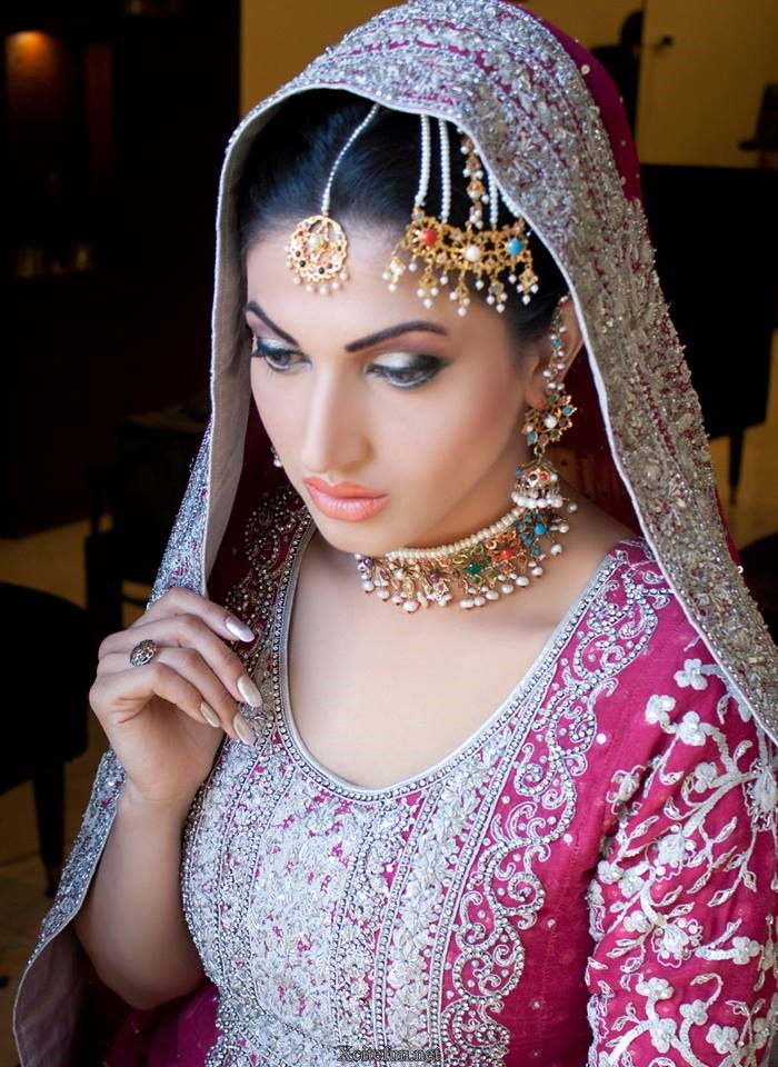 Awesome Phone Wallpapers Quotes Sana Fakhar Awesome Makeup Photoshoot Xcitefun Net