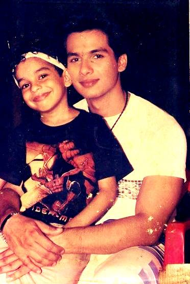 Sweet And Cute Wallpapers For Mobile Shahid Kapoor Little Brother Ishaan Xcitefun Net