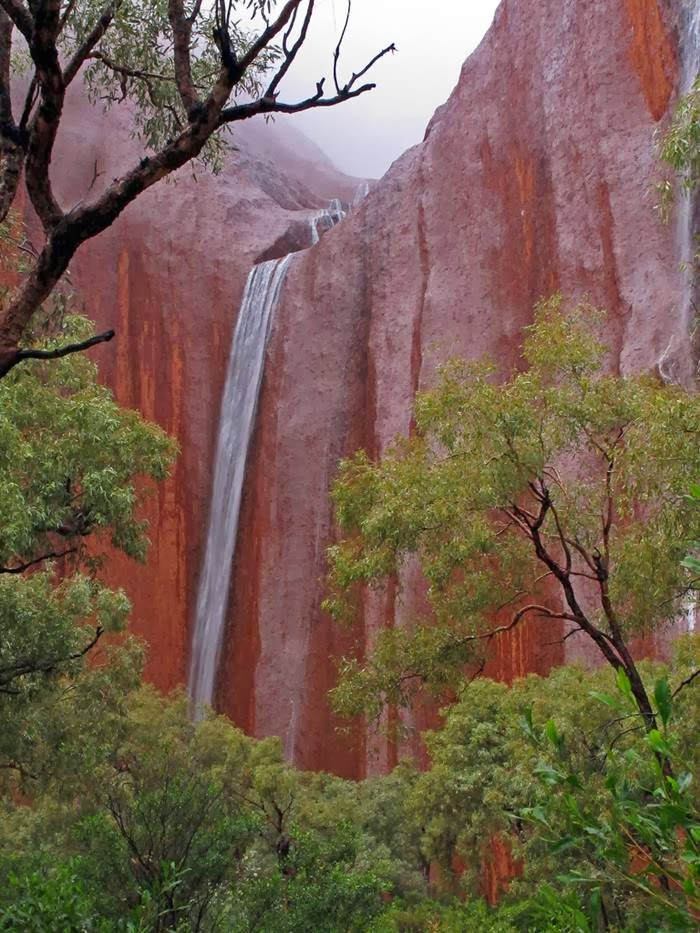 Cute Wallpapers For Mobile With Quotes Uluru Raining Waterfalls Australia Xcitefun Net