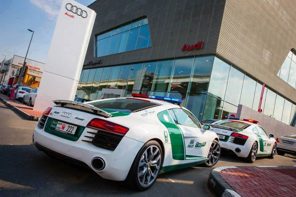 Dubai Police Cars Wallpapers World S Fastest Expensive Police Car Xcitefun Net