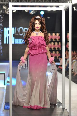 Sweet Cute Wallpapers Fashion Model Ayyan Xcitefun Net