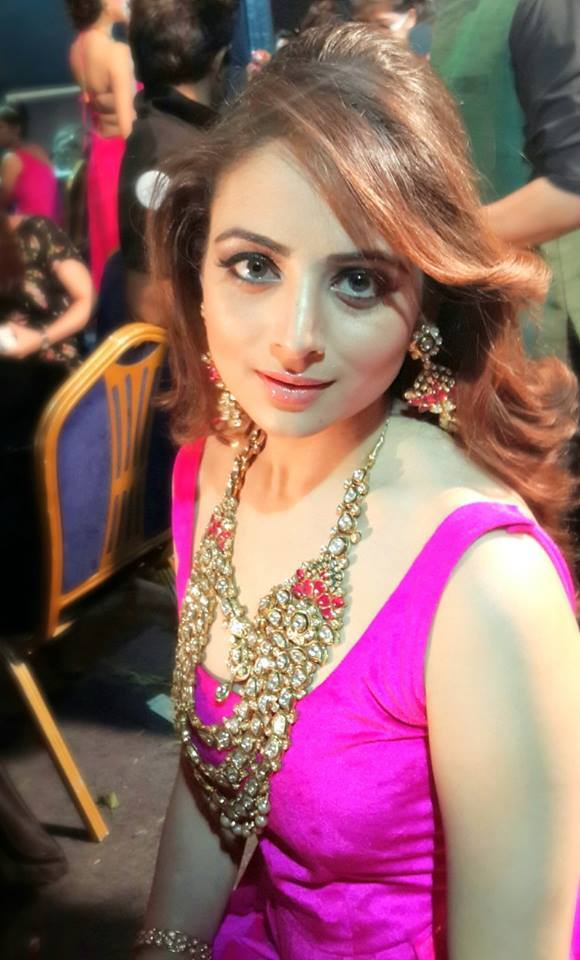 Sweet Cute Wallpapers For Phone Zoya Afroz Child Artist Grown Up Xcitefun Net