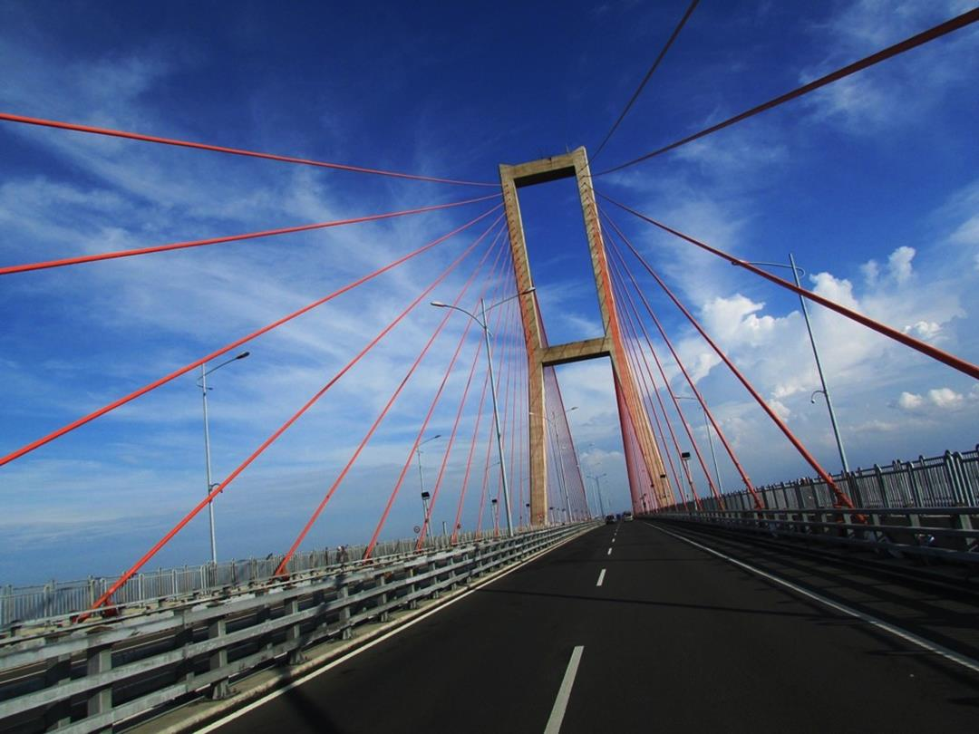 Cool Inspirational Quotes Wallpapers Suramadu Bridge Images N Detail Madura Indonesia