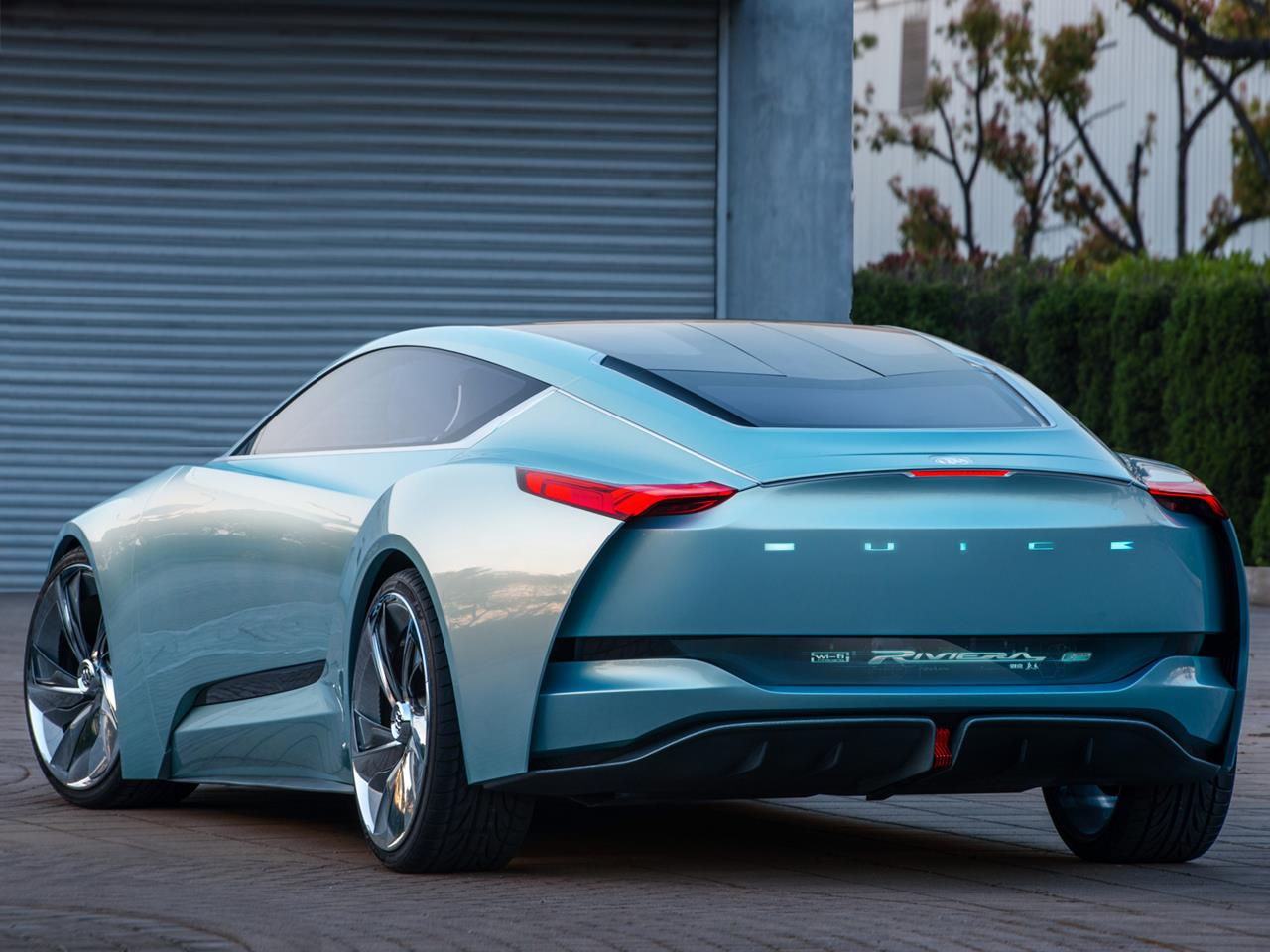 Cute Hollographic Wallpapers Buick Riviera Smart Concept Car Hits The Floor Xcitefun Net