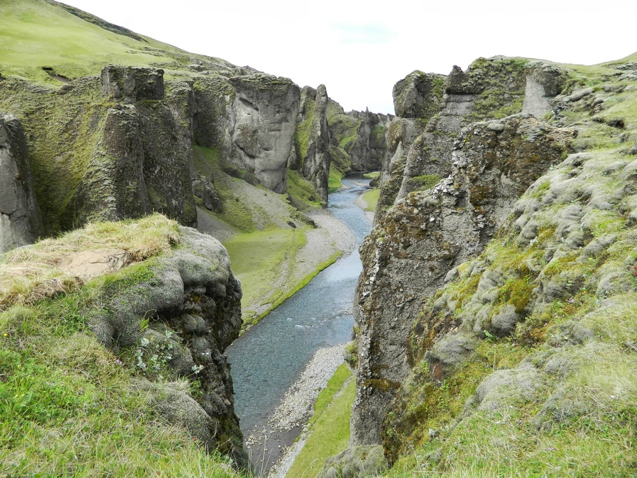 Wallpaper For Mobile Love Quotes Visit To Fjadrargljufur Canyon Iceland Xcitefun Net