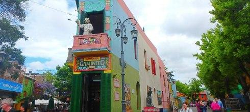 阿根廷|拉博卡區La Boca,走入南美巴黎的探戈起源地,看鮮豔藝術彩繪、阿根廷人現場秀足球!