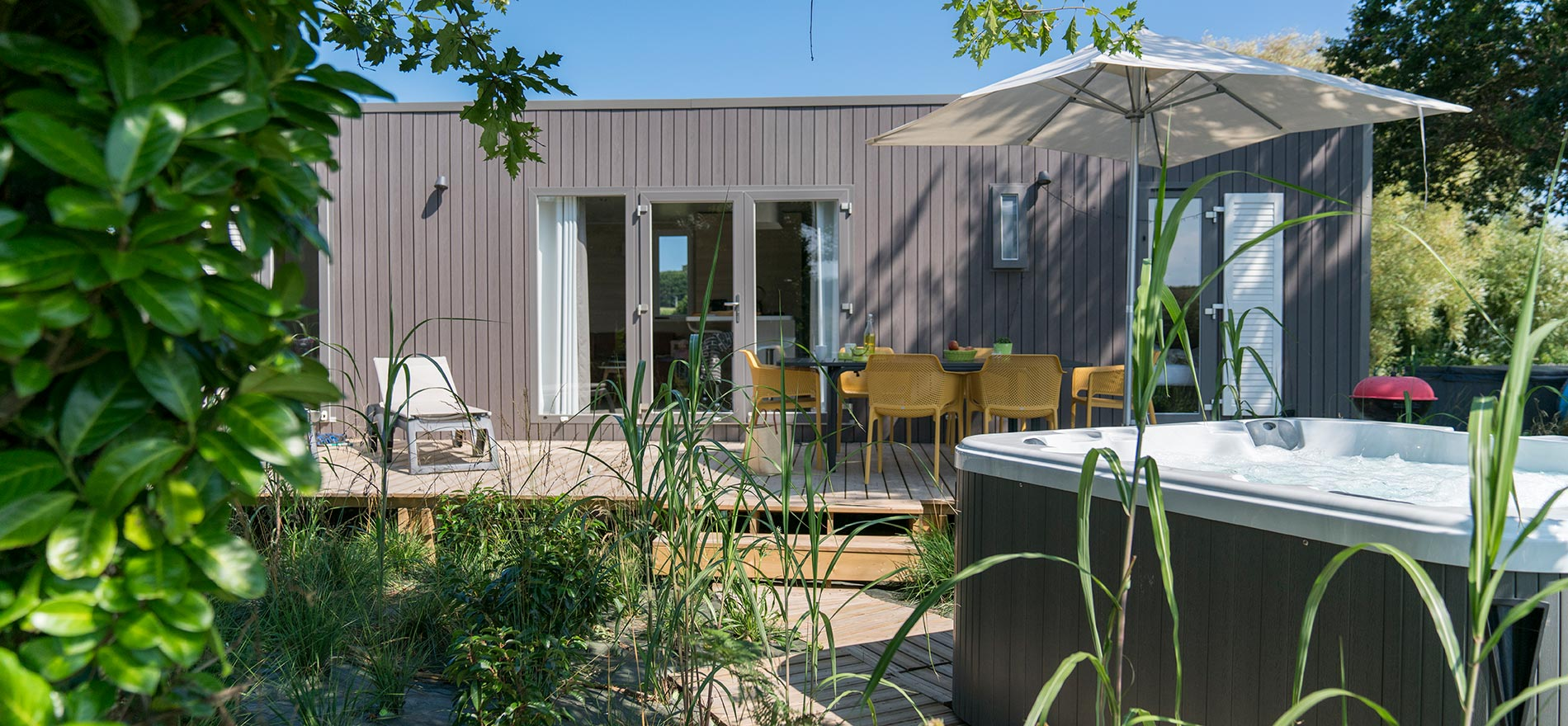Terrasse Mobil Home Pas Cher Les Cottages Avec Spa Privatif Chez Yelloh Village