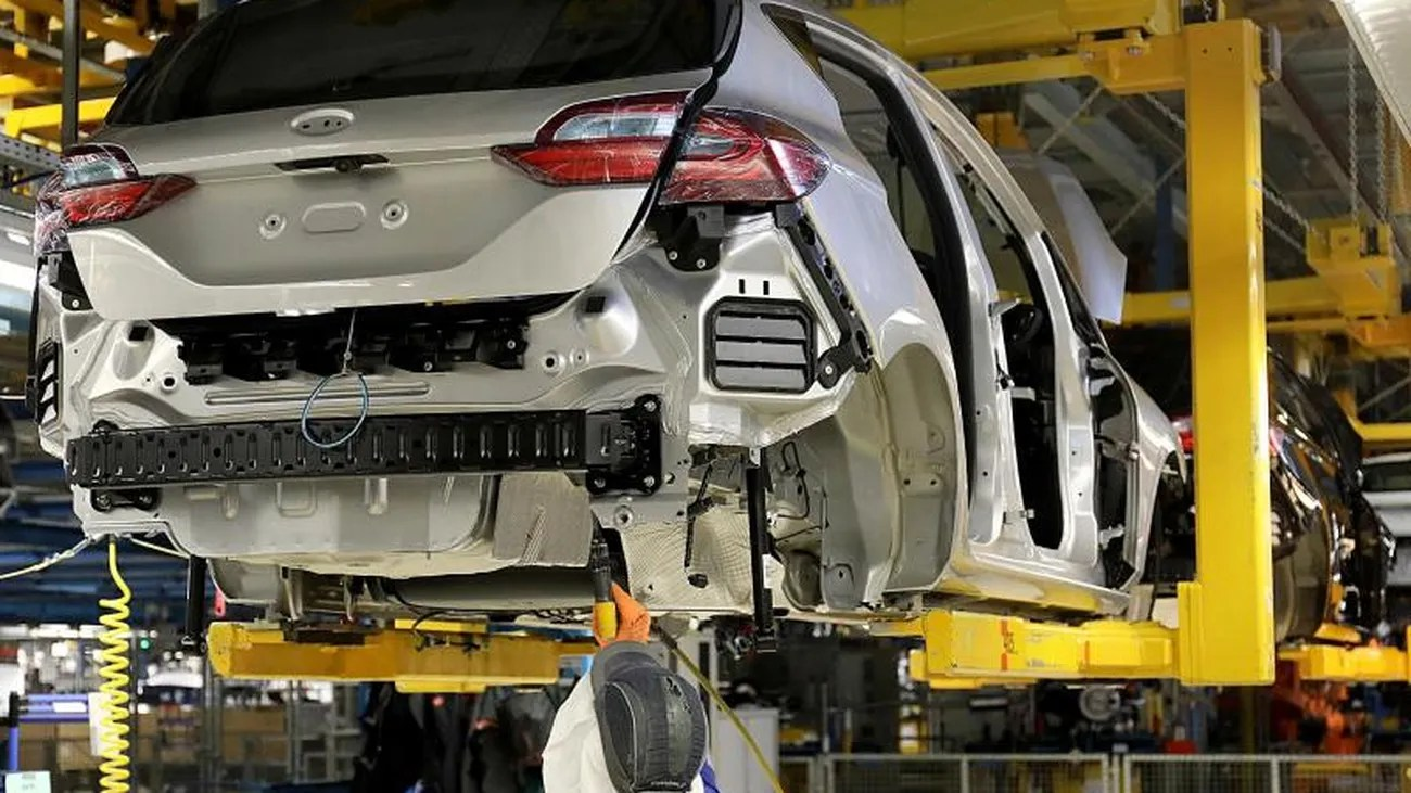 Jobs In Saarlouis Fewer Shifts Ford Plans Job Cuts At The Saarlouis Plant