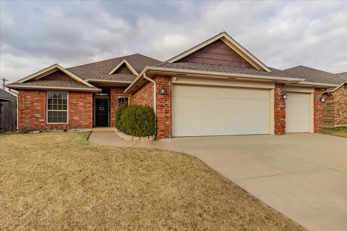 2413 Southeast 89th Terrace Oklahoma City Ok 73160 4 Bedroom House For Rent For 1 945 Month Zumper