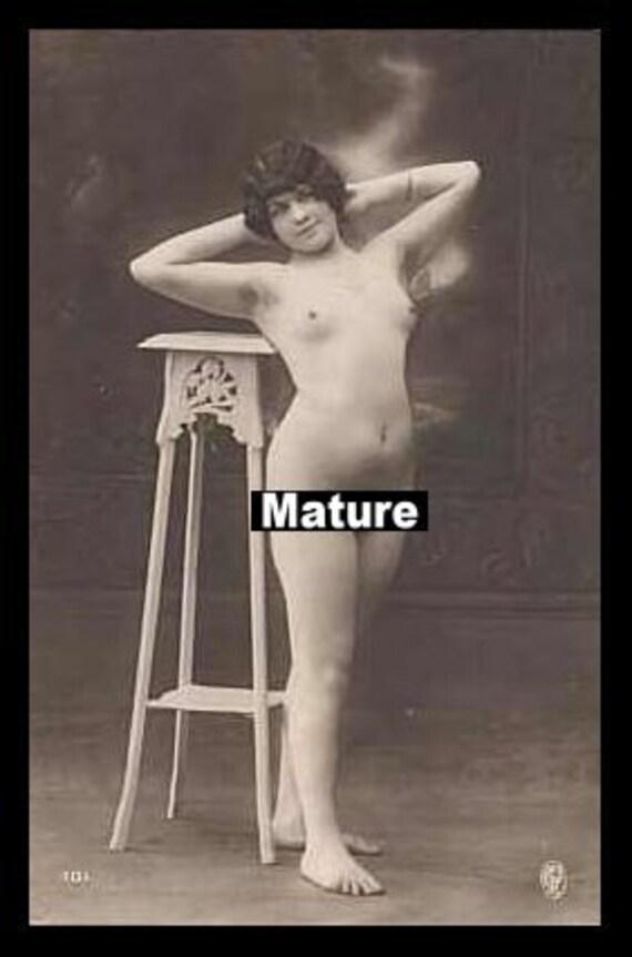 1950s nude women