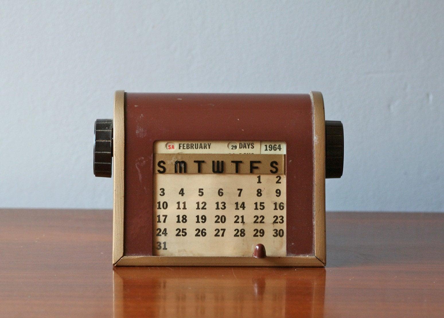 American Calendar Clocks Wall Shelf Vintage Perpetual Desk Calendar No20
