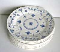Vintage Churchill Finlandia Dinner Plates