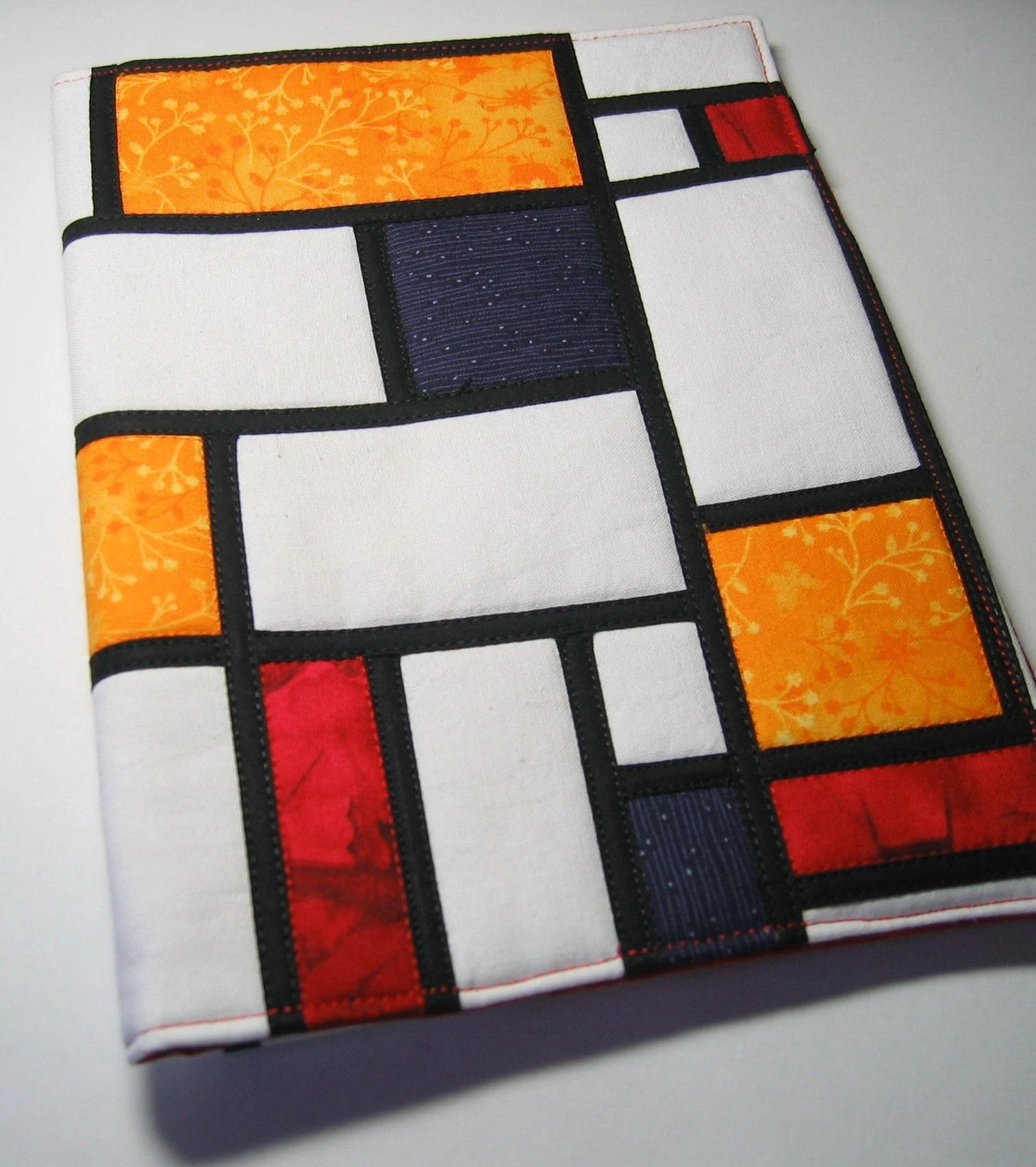 Tappeto Mondrian Channelling Piet Mondrian Journal Cover