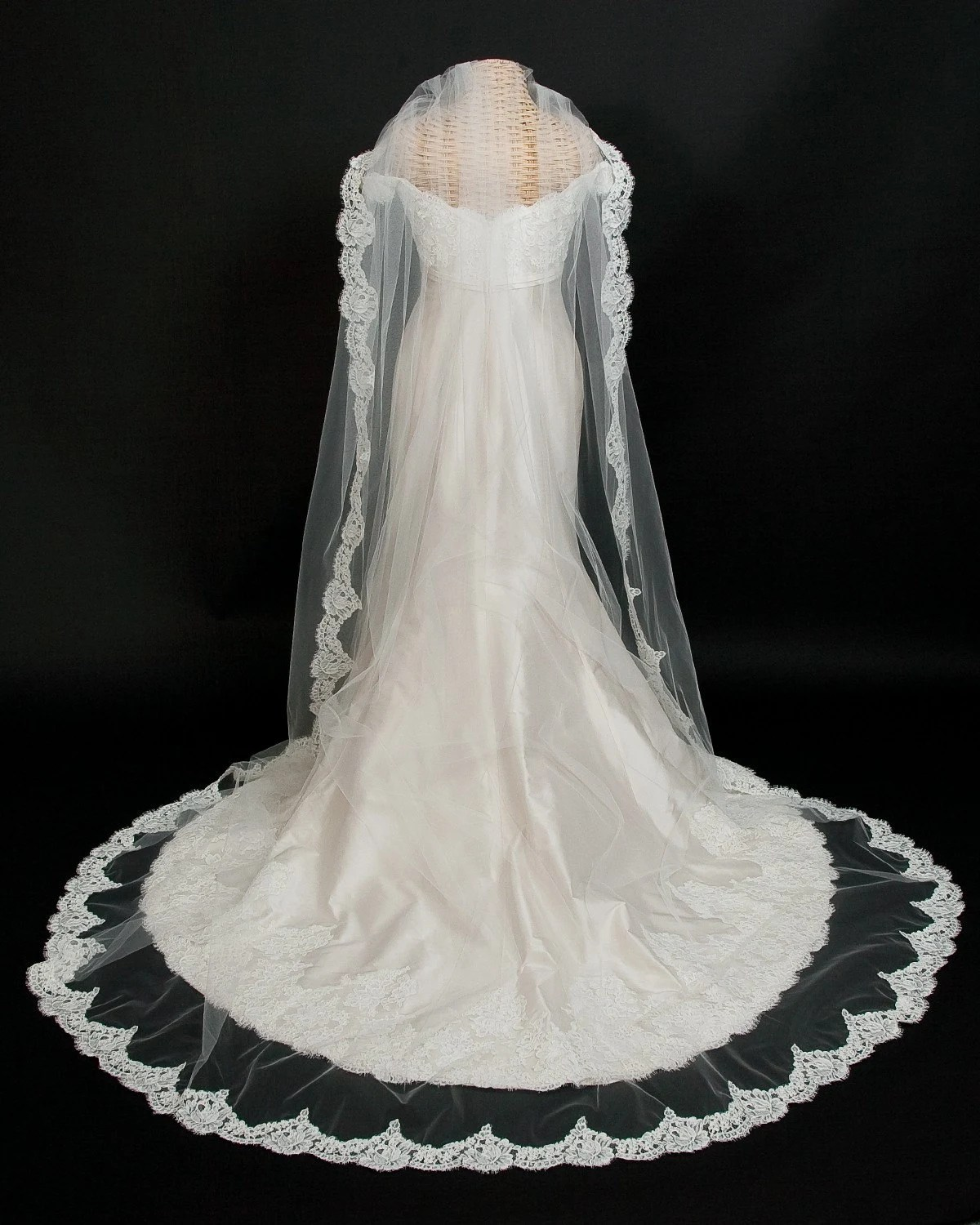 alencon lace wedding veil cathedral wedding veils zoom
