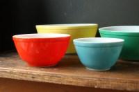 Vintage Mixing Bowl Set / Pyrex Primary Colors