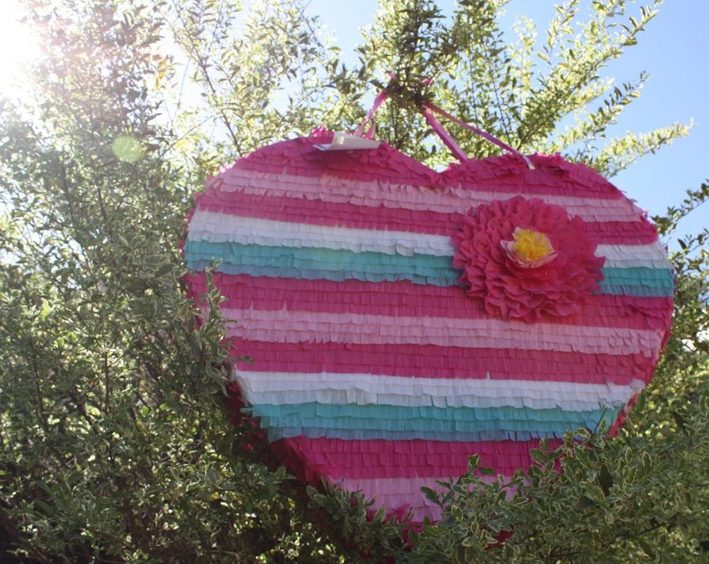 beautiful heart pinata wedding decor wedding pinata zoom