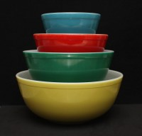 PYREX Primary Mixing Nesting Bowl Set 1950s Blue Red Green