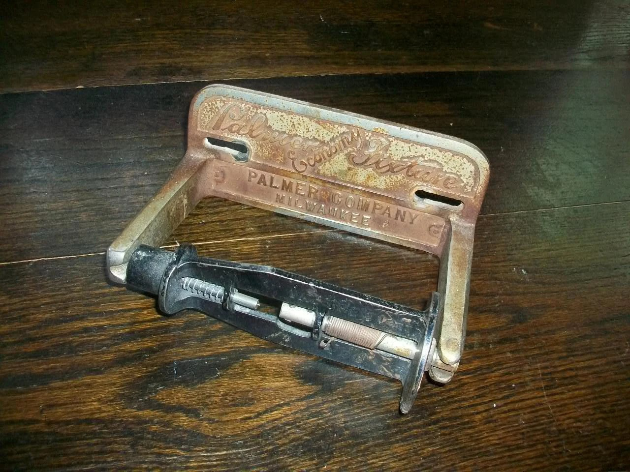 Antique Toilet Paper Dispenser Vintage Architectural Salvage Toilet Paper Holder Cast Iron