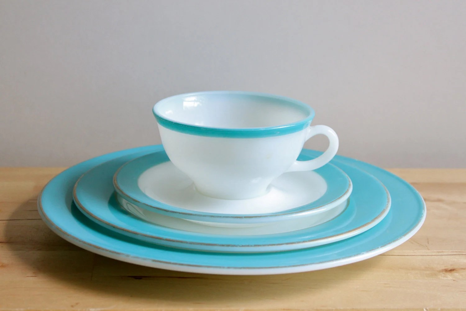 Turquoise Pyrex Dishes Vintage 1950s Milkglass Plate