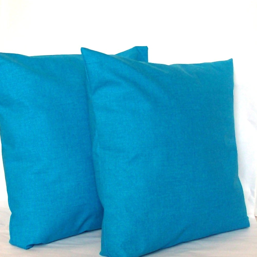 Blaue Kissen Blue Pillow Covers Two 18x18 Inch Solid Azure By
