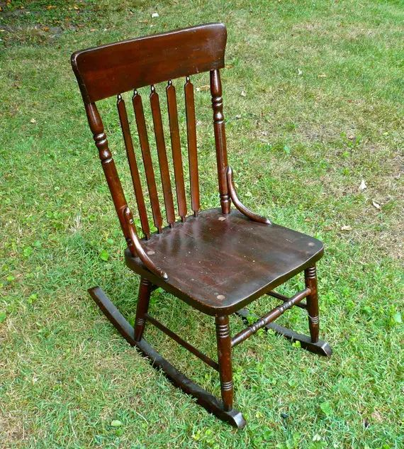 Armless sewing rocking chair antique wood by casakarmadecor