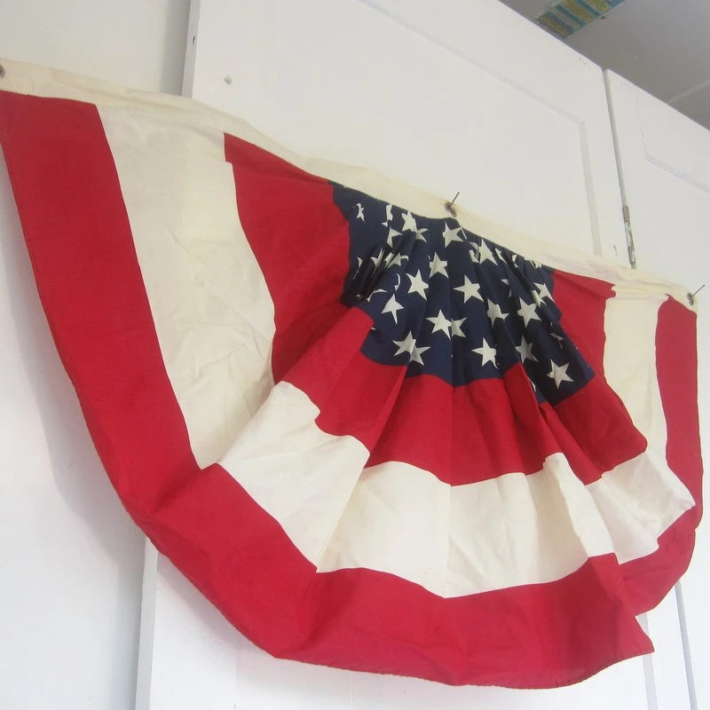 a half circle bunting flag of the united states of america chick