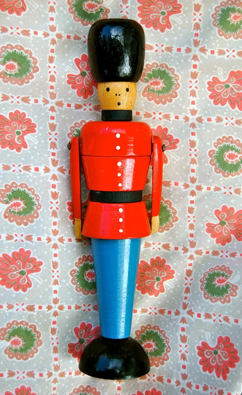 Zoom 6 Soldier Wonderful Old Fashioned Wooden Toy Soldier From Denmark