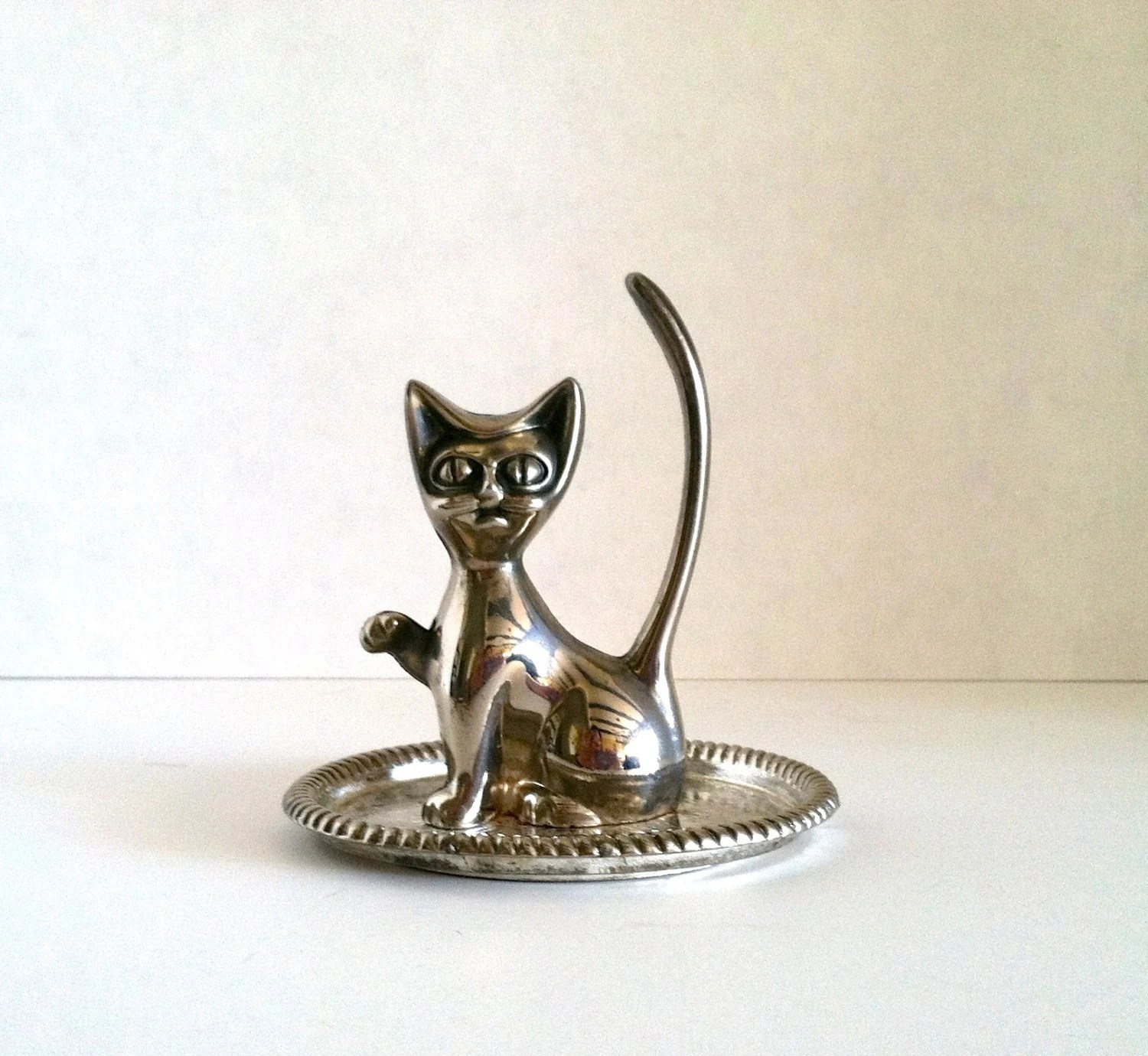 Vintage Silver Plated Cool Cat Ring Holder Jewelry Tray Hong