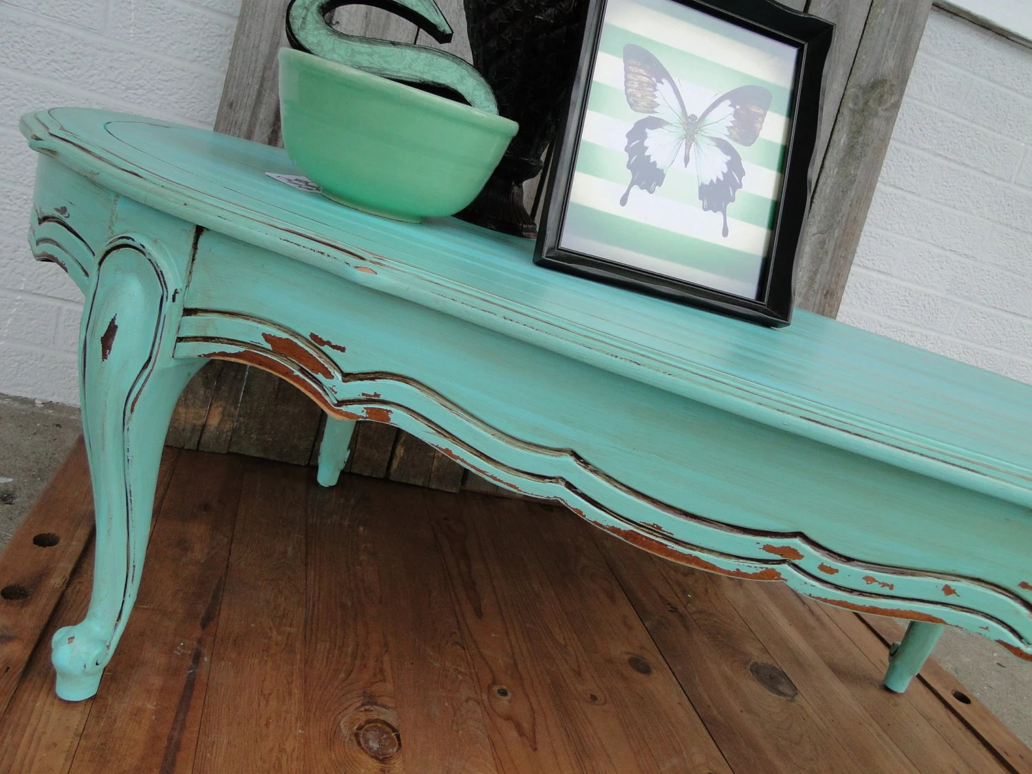 Rustic Beach Coffee Table Vintage Wooden Oval Coffee Table With Cuvy Legs In Distressed