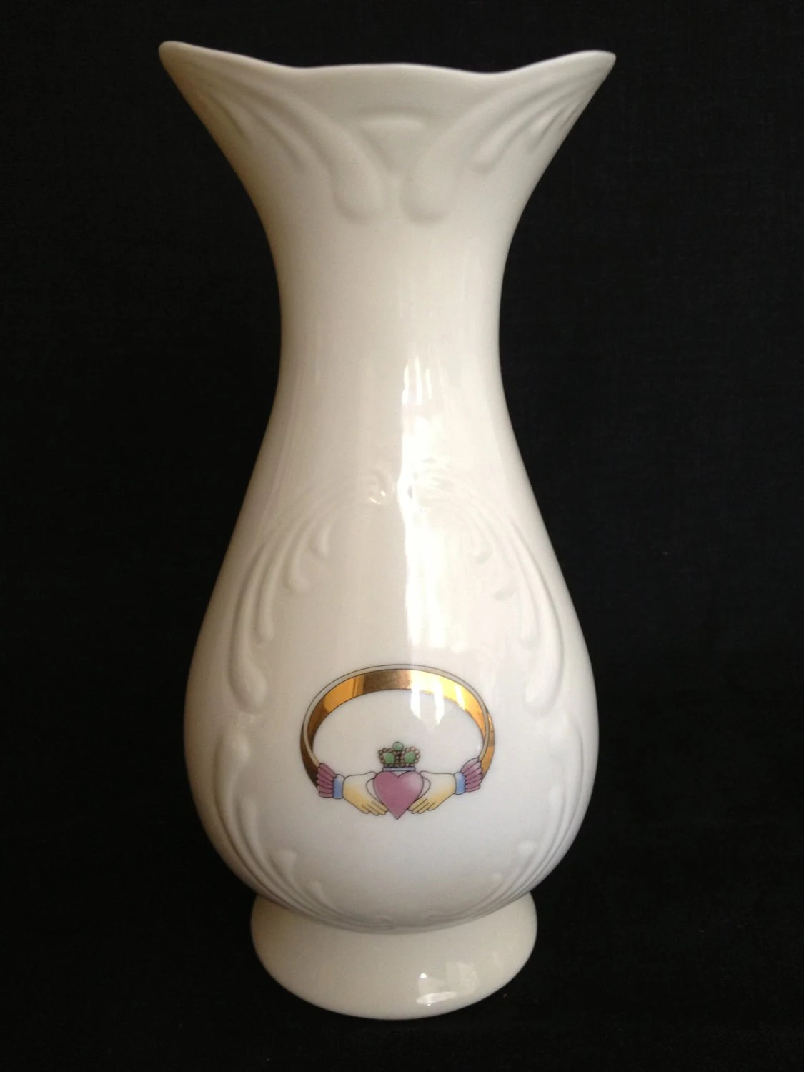 Savoy Vase Irish Papian Donegal Fine China Vase With Claddagh