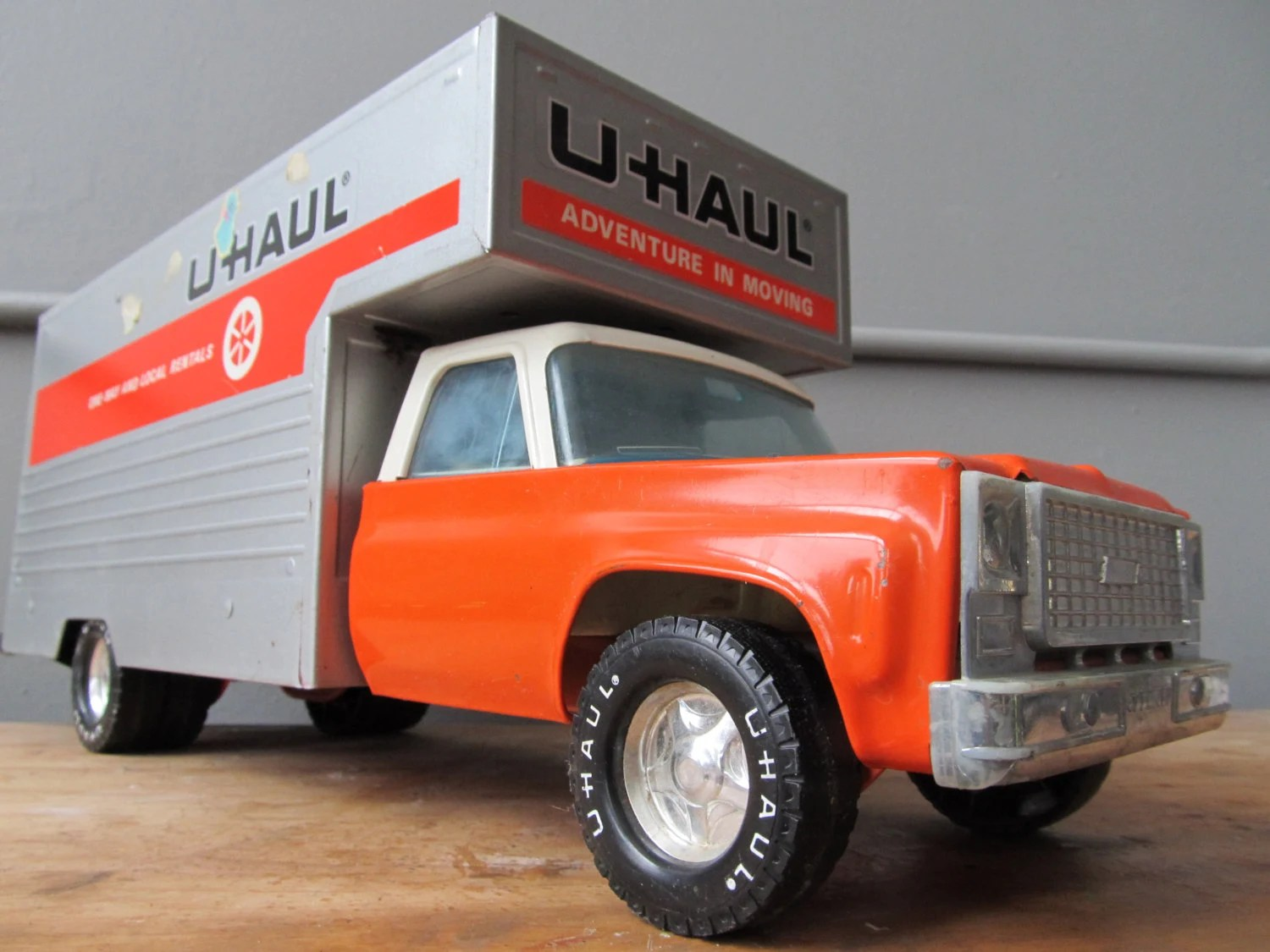 Toy Moving Truck Vintage Metal Nylint Uhaul Chevy Toy Moving Truck
